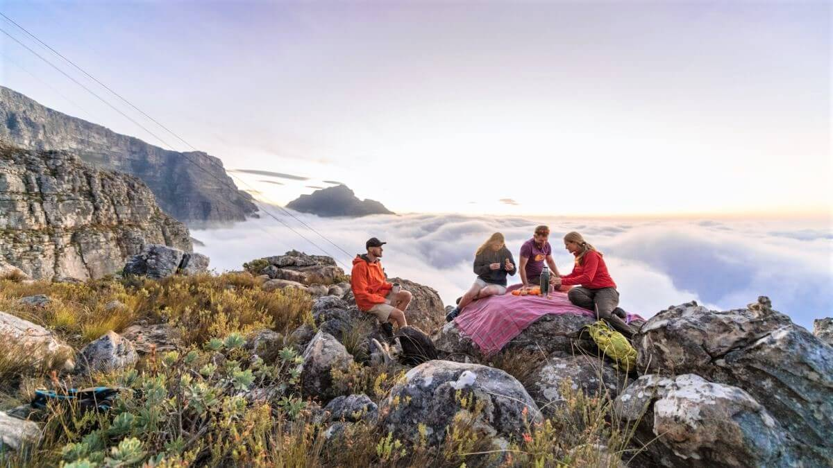 backpacking-yummy-snacks-table-mountain