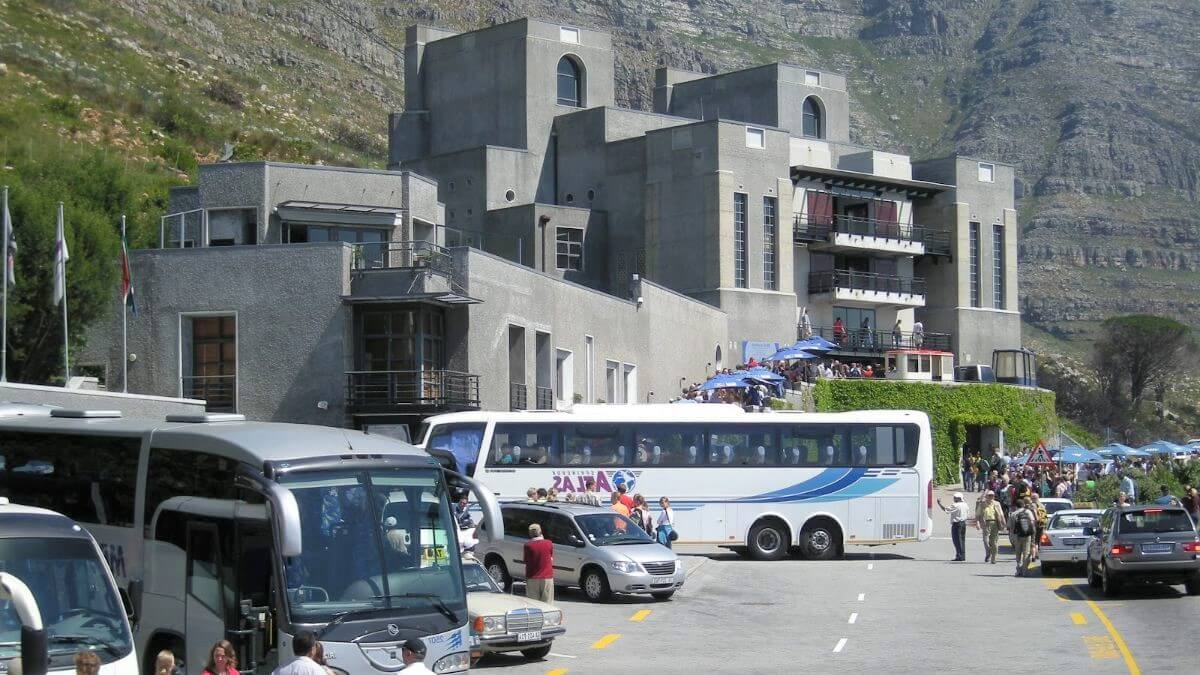 metropolitan-area-busy-touring-Cape-Town